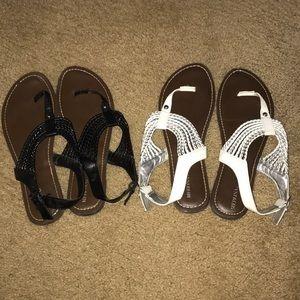 Bundle of 2 Merona sandals size 10 black and white